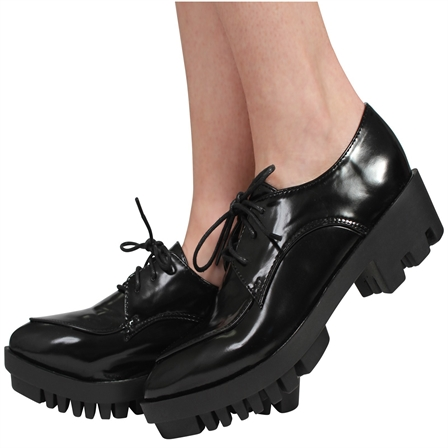 CS08 LADIES BROGUE CHUNKY LOW HEEL LACE UP SHOES IN BLACK